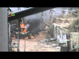 Сирия: повстанцы подбили танк Асада Т-72 в Дарайя 02.02.2013