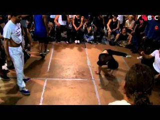   vk.com/redbullbc1<< Supreme Beings Vs Repstyles 360   Finals   B-Boy Massacre 9   BNC 2012  vk.com/redbullbc1<<