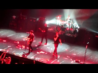 Simple Plan - Loser Of The Year (live @ ДК им. Ленсовета 14.04.2012)