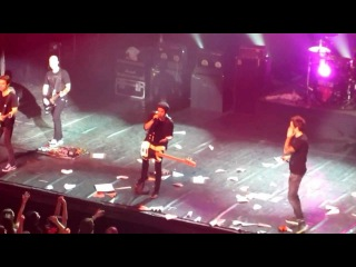 Simple Plan - I'm Just A Kid (live @ ДК им. Ленсовета 14.04.2012)