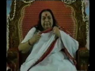 YouTube- Shri Mataji - Parameshwari Bhagawati Nirmala (Sahaja Bhajan).mpg