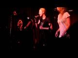 Evan Rachel Wood &amp Martin Luther Perform
