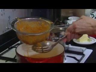 Едим дома - Рыбный суп из Ливорно — смотреть онлайн видео, бесплатно!