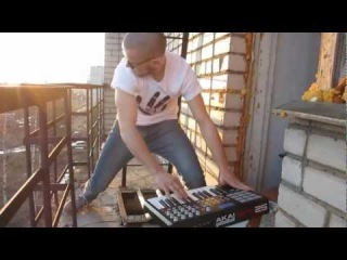ReddySample - Live on the balcony)))