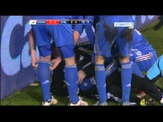 Eden Hazard has a ball-boy! (Chelsea - Swansea)