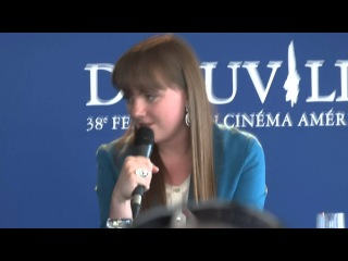 Tara Lynne Barr parle des Twihards - God Bless America - Festival Deauville 2012