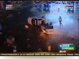 Hooligans Fenerbahce brûle des véhicules de police en Turquie 2012 - 12.05.2012
