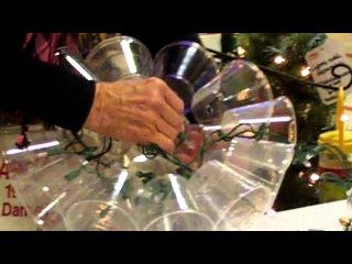 Световой шар из одноразовых стаканов и гирлянды