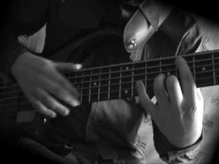 Безумно красивое соло на бас-гитаре