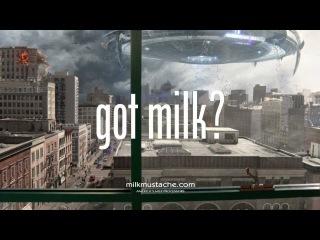 """Вот нашел на Youtube.com Рекламный ролик с Дуэйн""""Скала""""Джонсон 2013 Milk Mustache """"got milk?"""" Super Bowl Ad"""