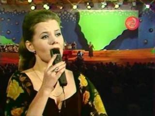 Людмила Сенчина - Черёмуха (Песня-77; муз. Валерия Гаврилина - ст. Ольги Фокиной)