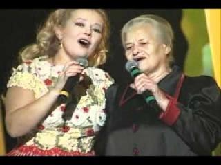 Людмила Сенчина и её мама - Цвiте терен (1997; украинская народная песня)