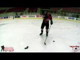 Как правильно выполнять кистевой бросок (How to Take a Wristshot - On Ice Instruction)