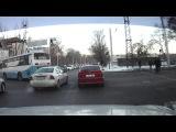 Летящий автобус ДТП 08.01.13, г. Алматы