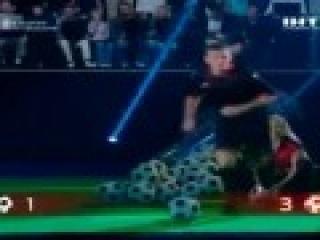Ващук разорвал Алиева. Как футболисты в точности штрафных состязались