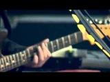 Them Crooked Vultures - Alain Johannes guitar solo (live @ Rock Werchter 2010)