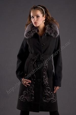 Драповое пальто с мехом