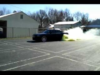 Dodge Charger r/t hemi 5.7 burnout