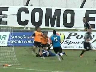 Кунг-фу в бразильском футболе(Bom Dia Brasil 11/06/12)