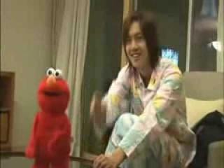 Kim Hyun Joong calls Elmo Crazy