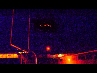 Shocking UFO Sighting A Real Close Encounter! Huge Flying Saucer Caught On Tape 2013