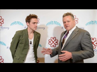 Per Wickstrom discusses drug addiction with Kendall Schmidt
