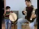 Маленький грузин играет на барабане / Georgian boy playing dhol