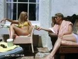 Джейн Фонда и Джули Эндрюс на пляже Малибу, 1965 год