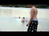 Naked guy at lake stars to swaffel