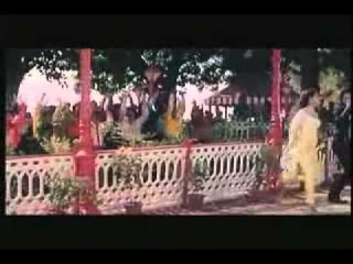 Saif Ali Khan & Kajol - Neela Dupatta Peela Suit