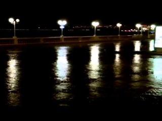 На набережной после проливного дождя в Геленджике 3.09.2013 года