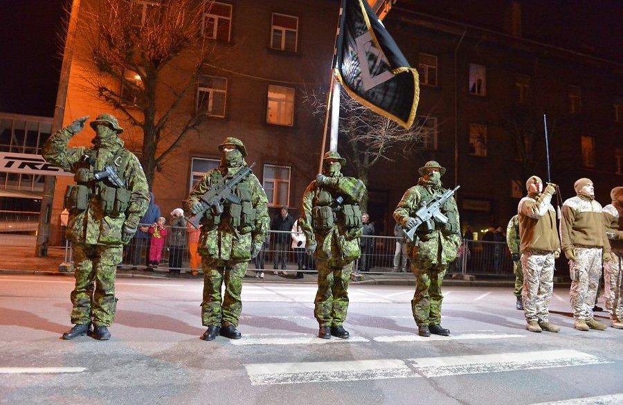 Armée Estonienne/Estonian Army - Page 2 Yj9pTAQBNCk
