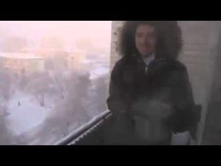 Мороз - 41 C Новосибирск  Кипяток замерзает на лету