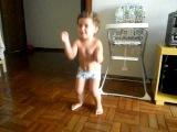 Ai se eu te pego - Criança dançando