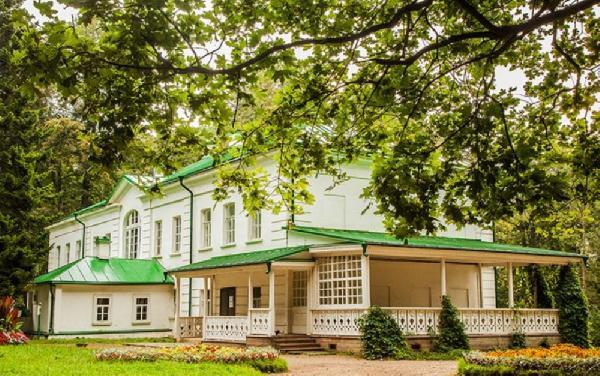 В течение трех дней в Ясной Поляне можно будет увидеть современные интерпретации толстовских текстов