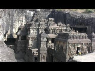 ИНДИЯ.Древняя пещера Эллоры, состоящая из 17 буддийских,12 индуистских, и 4-х джайнских храмов в ней.