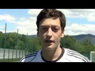 Tricks - Episode 03 - Mesut Özil