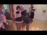 Валерий Калинин и Надежда Саратовская - танго на милонге от Школы Владимира Батия