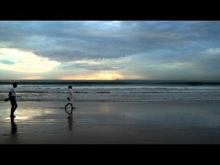 MAROC - Agadir - Couchers de soleil sur la plage..wmv