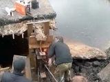 Жители Костромской области сами отремонтировали мост