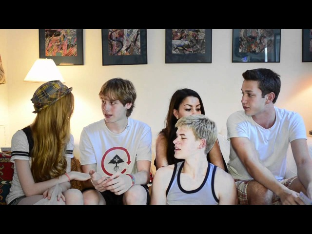 Jan Uczkowski, Kat McNamara, Kenton Duty,Dan Fabi and Ella Alter responding to Jan fanmail