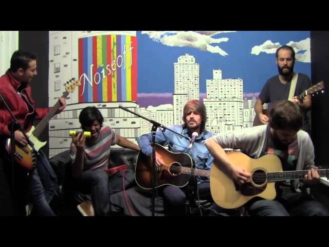Melocos en Noise off unplugged