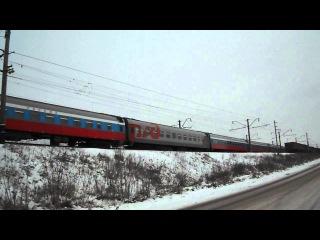 ЧС4Т с фирменным поездом