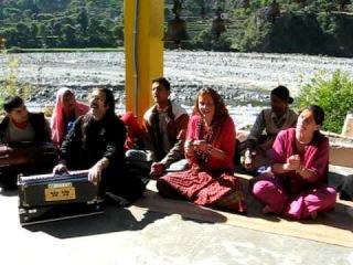 SHIVA SHAMBO SHANKARA Bhajan Mukandi Lal In Gufa Haidakhan Babaji India Ashram