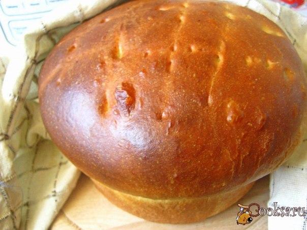 Вкусный, с нежным мякишем домашний хлеб.