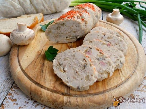 Очень вкусная колбаска для вашего стола! Отлично подойдет для бутербродов. Эту колбасу можно обжаривать, она отлично режется и не разваливается.
