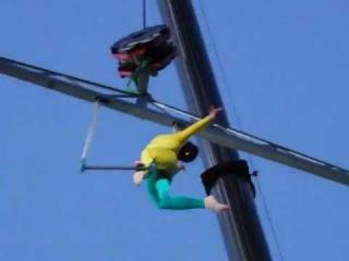 Цирковое шоу TransExpress, воздушная гимнастка