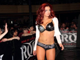 Former WWE Diva Maria Kanellis Interview