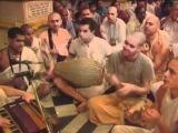 Hare Krsna Kirtan At Sri Vrindavan Dham - Sripad Aindra Prabhu ep7