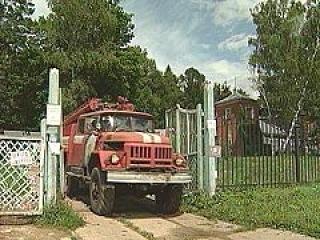 Удар молнии вызвал пожар в фамильной усадьбе Ф.Тютчева Мураново - Первый канал